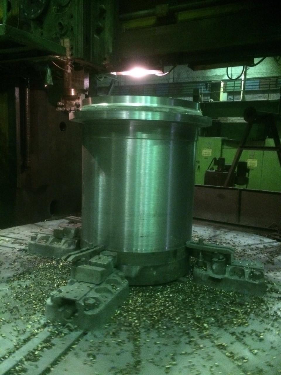 Обработка на токарно-карусельном отливки патрубка мельницы